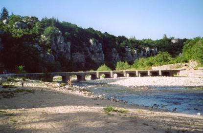 Village et gorges